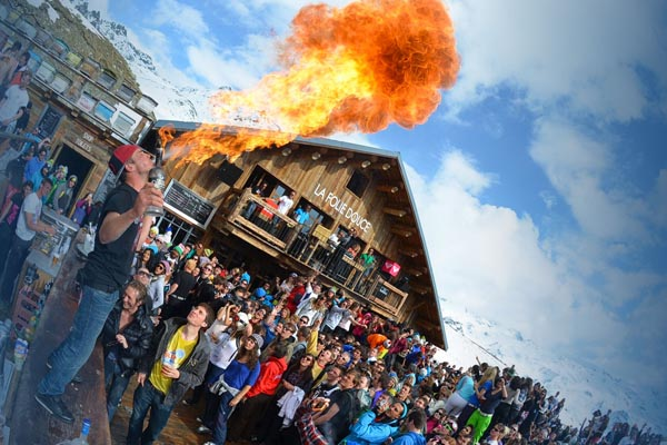 The Best Val Thorens Apres Ski And Nightlife Bars To Visit