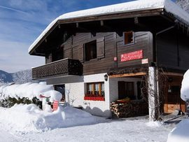 Self/Catered Chalet La Taniere