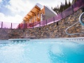Sunshine Mountain Lodge hot tub
