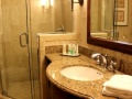 Vail Marriott Mountain Resort Bathroom