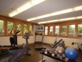 Village Inn & Suites - Gym