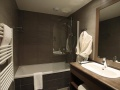 Le Chalet du Mont Vallon Spa Resort Bathroom