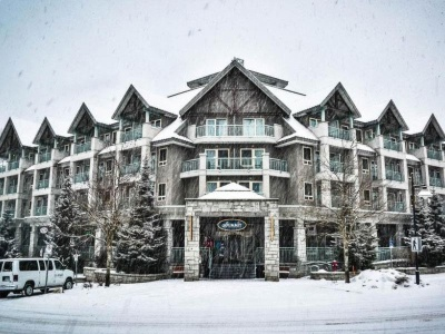 Summit Lodge Suites