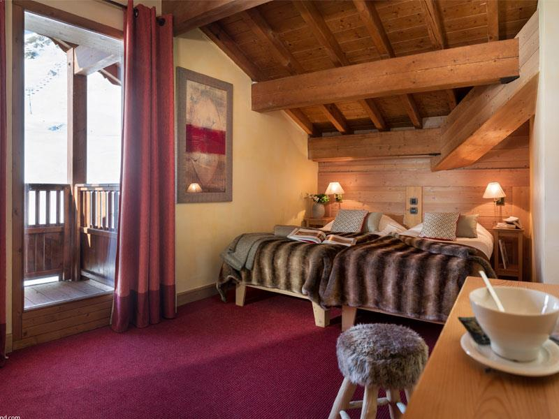 Chalet Airelles Four Bedroom Sauna Apartment for 8 (Duplex)