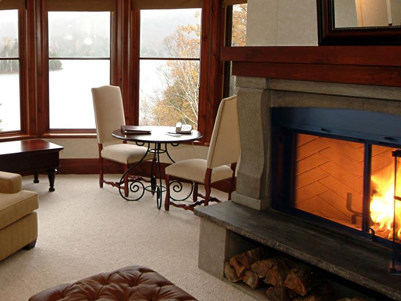 Tourelle Suite Fireplace