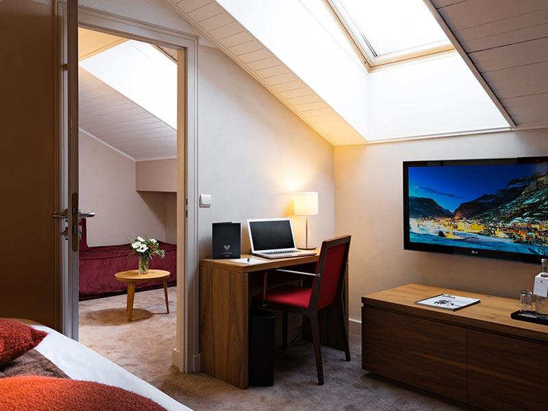 Executive Velux Room