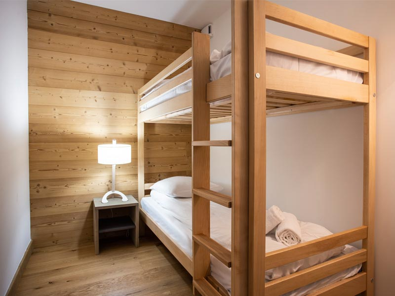 Cabin Room with 2 Bunk Beds