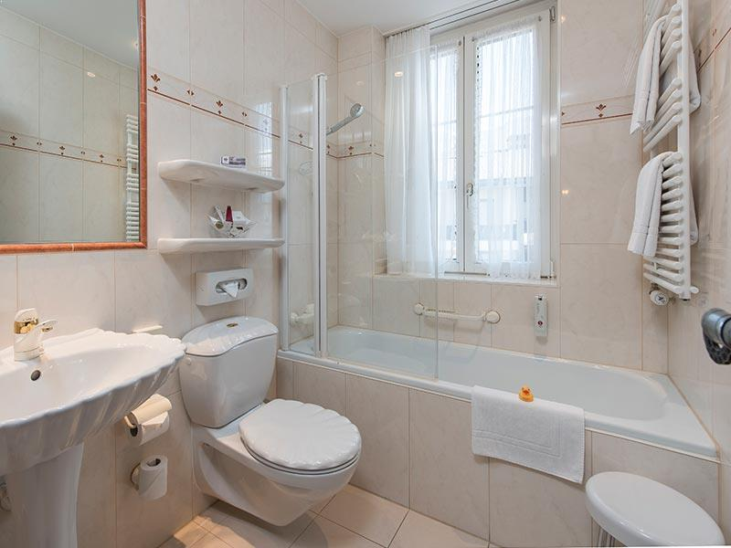 Double room comfort bathroom