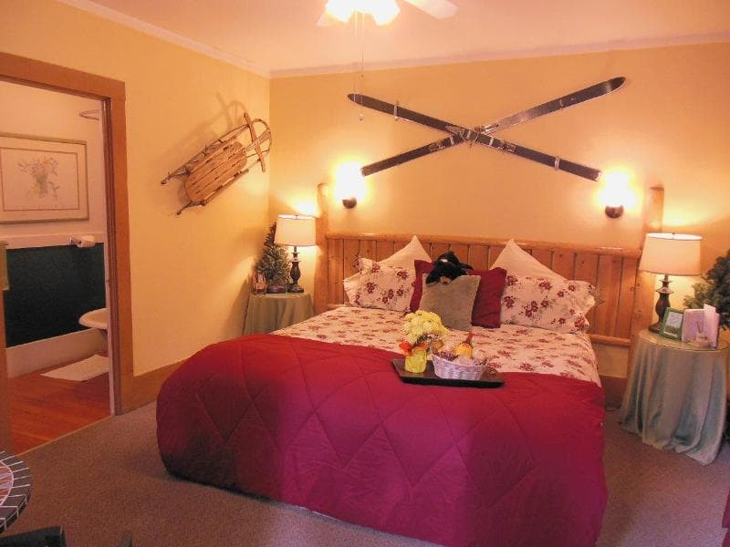 Bed and Breakfast Cottages Bedroom