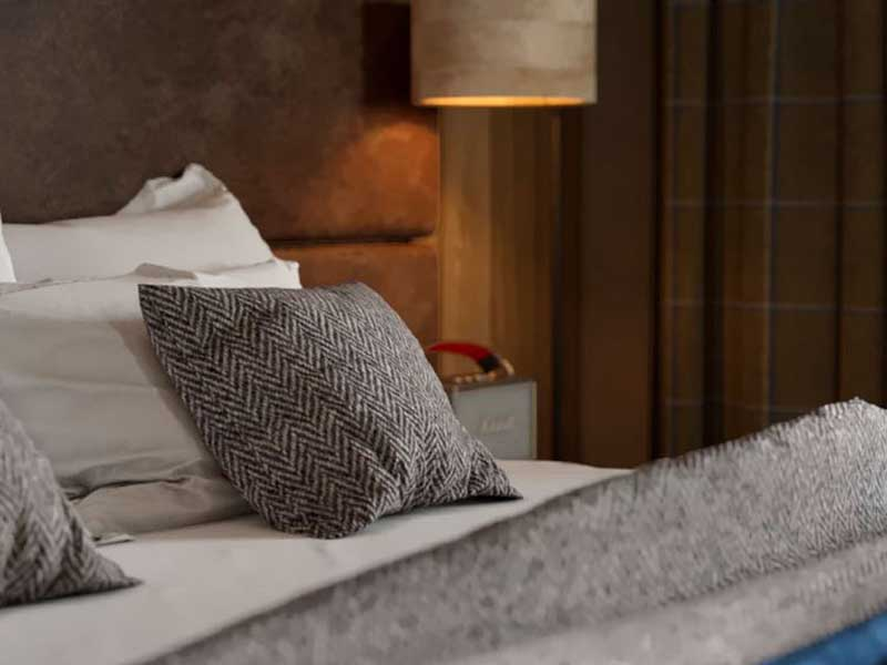 Guest room, Ecrin Blanc, Courchevel
