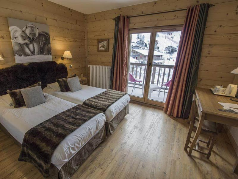 Bedroom, Hotel Le Samovar, Val d'Isere