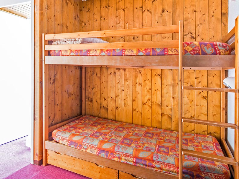 Sleeping Alcove with Bunkbeds