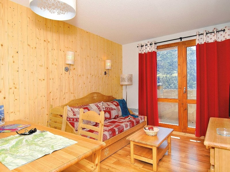 Two Bedroom + Alcove Chalet for 8