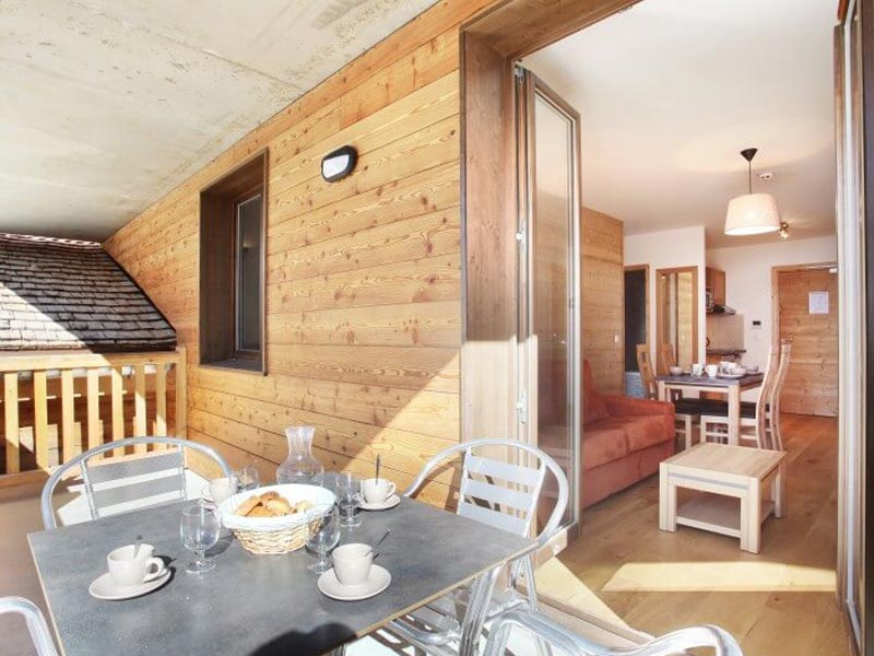 Living Area and Balcony, Mendi Alde, La Clusaz