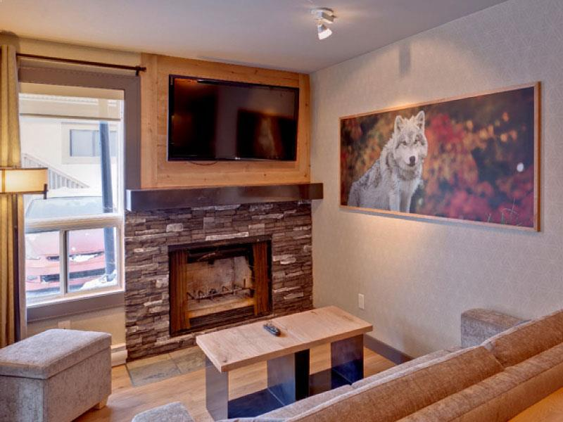 One Bedroom Wolf Condo