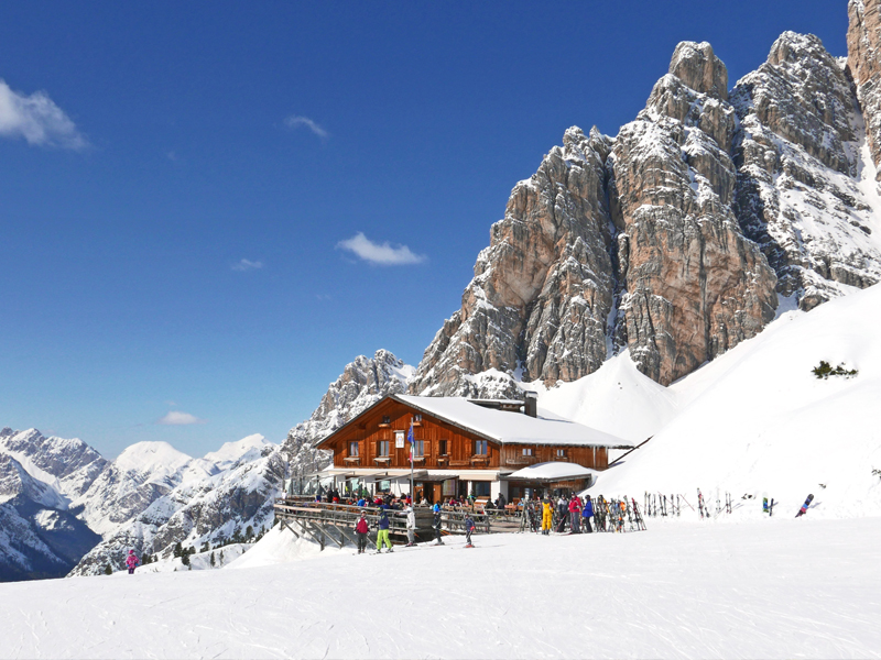 Cortina mountain hut