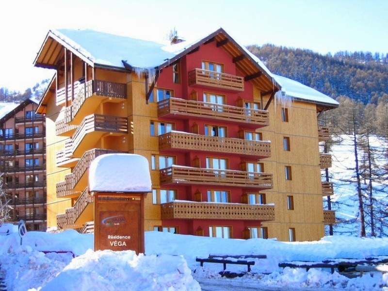 Apartments In Risoul - Powder White