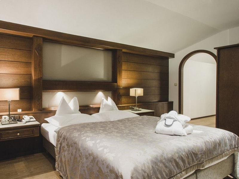 Hotels In St Anton - Powder White